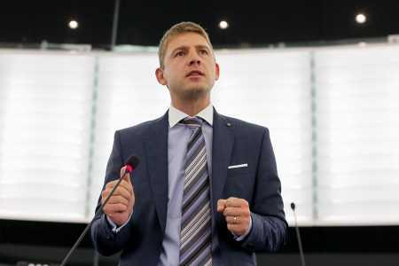 Petr Mach v Europarlamentu (4)
